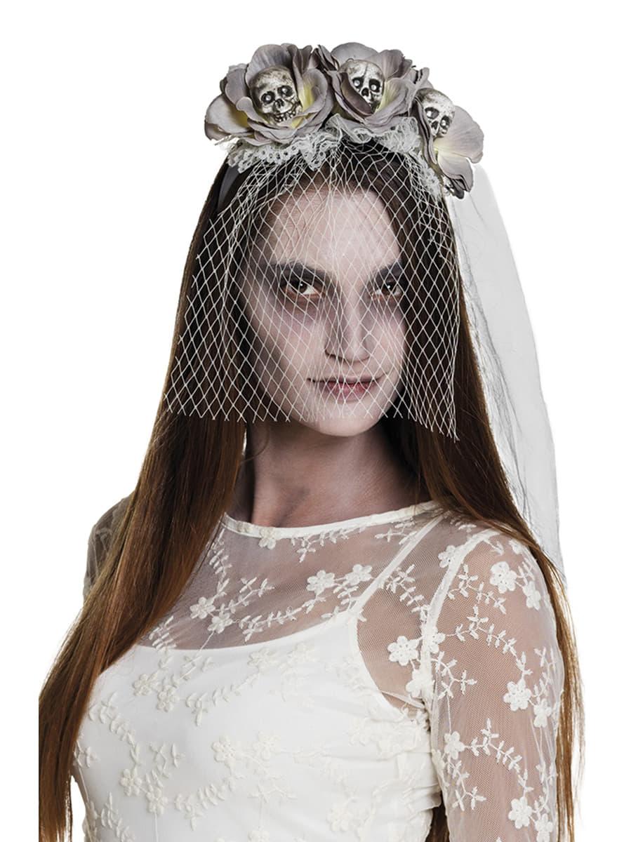 serre t te avec fleurs et t tes de mort fianc e zombie femme funidelia. Black Bedroom Furniture Sets. Home Design Ideas